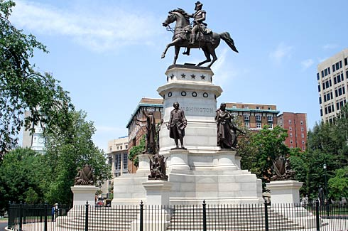 George Washington equestrian statue at Capitol Square