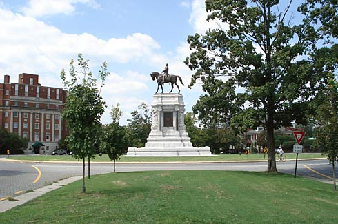Robert E. Lee on Monument Avenue